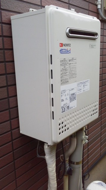 新潟修理交換センター・エコジョーズガス給湯器交換工事 新潟県新潟市 GT-C2452SAWX-2BL
